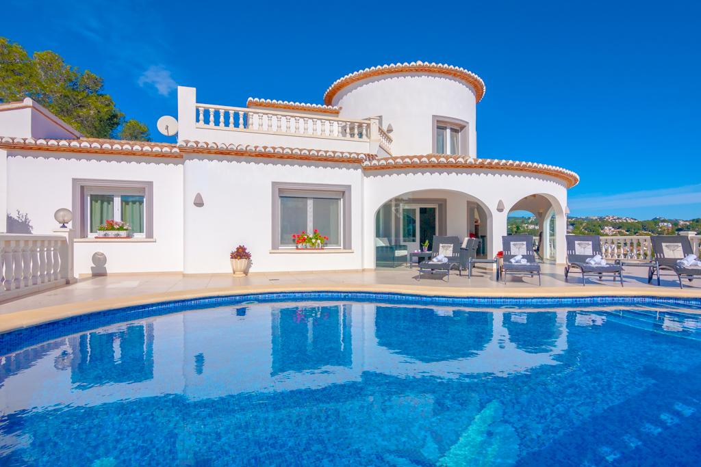 Sandal 6, Wonderful villa with private pool in Benissa for 6 persons, to spend some wonderful holidays in Spain with family and friends......