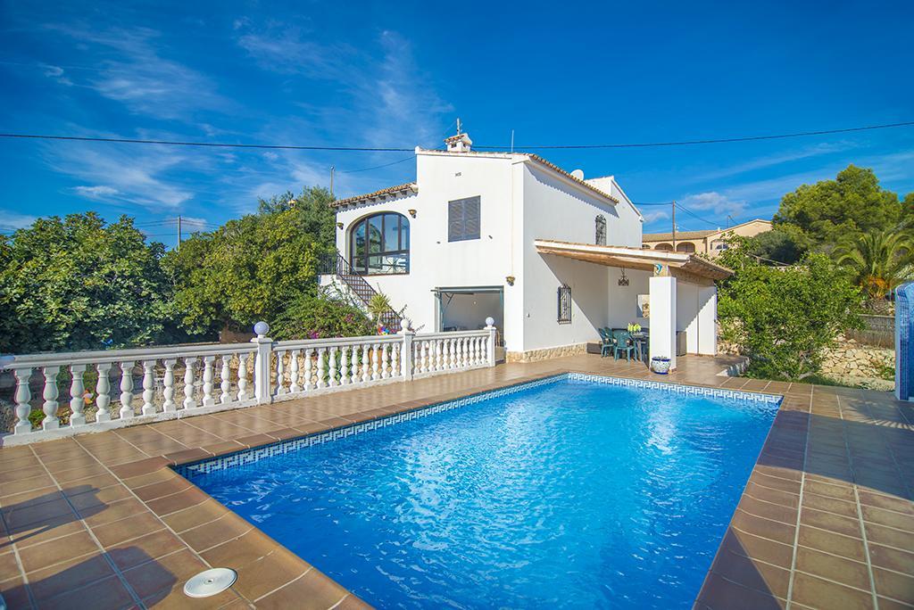 Lliri 7,Villa rústica y graciosa  con piscina privada en Benissa, en la Costa Blanca, España para 7 personas...