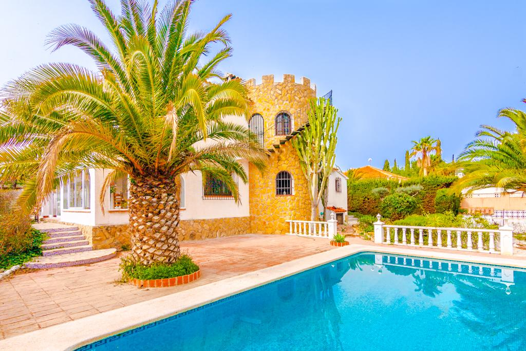 Petra 12, Large and classic villa  with private pool in Benissa, on the Costa Blanca, Spain for 12 persons.....