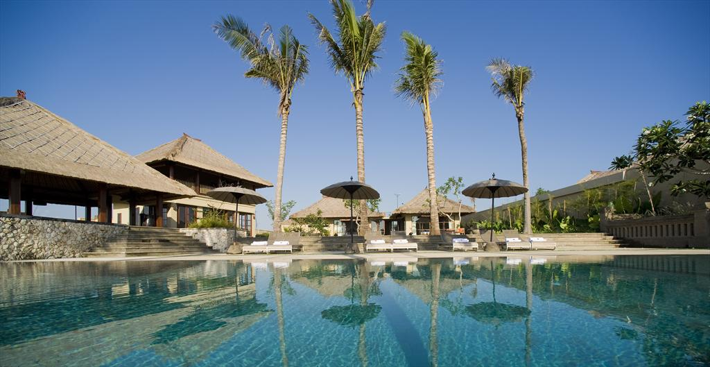 Mary 4 bedroom, Villa de lujo grande y confortable en Canggu, Bali, Indonesia  con piscina privada para 8 personas...