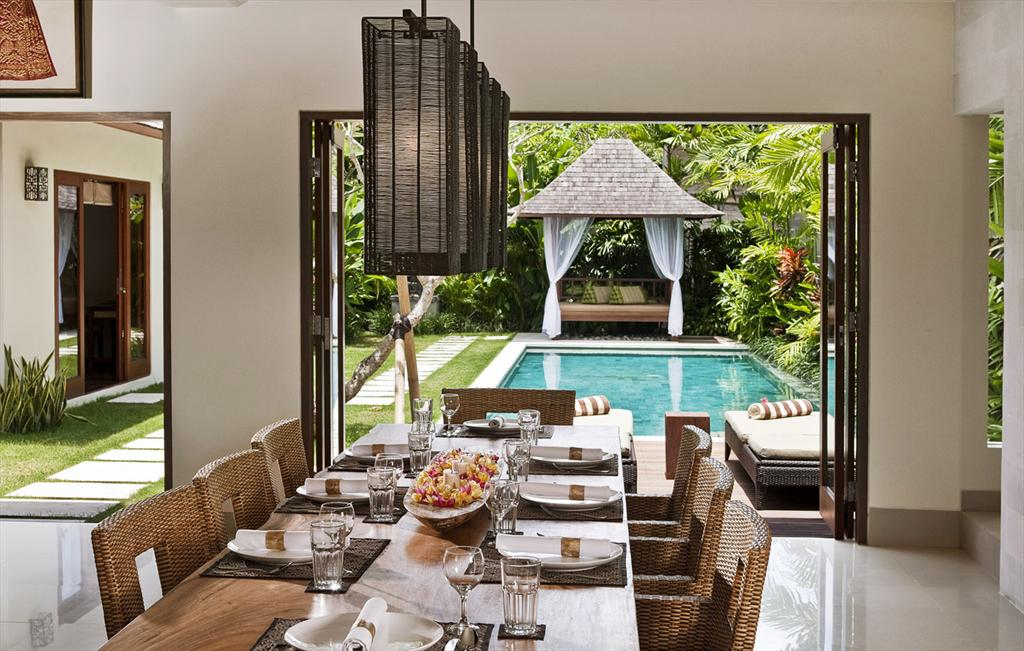 Songket 2 bedroom, Villa Songket is located in the greater area of Seminyak in the quiet and peaceful neighborhood of Kerobokan. The village.....