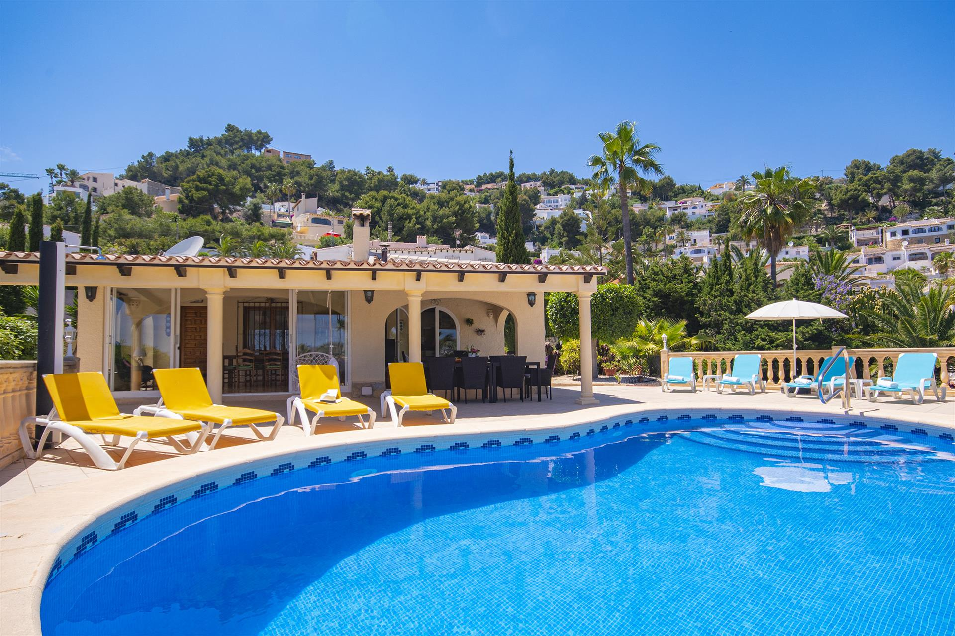 Sophie II, Beautiful and cheerful villa in Moraira, on the Costa Blanca, Spain with private pool for 10 persons. The villa is situated.....