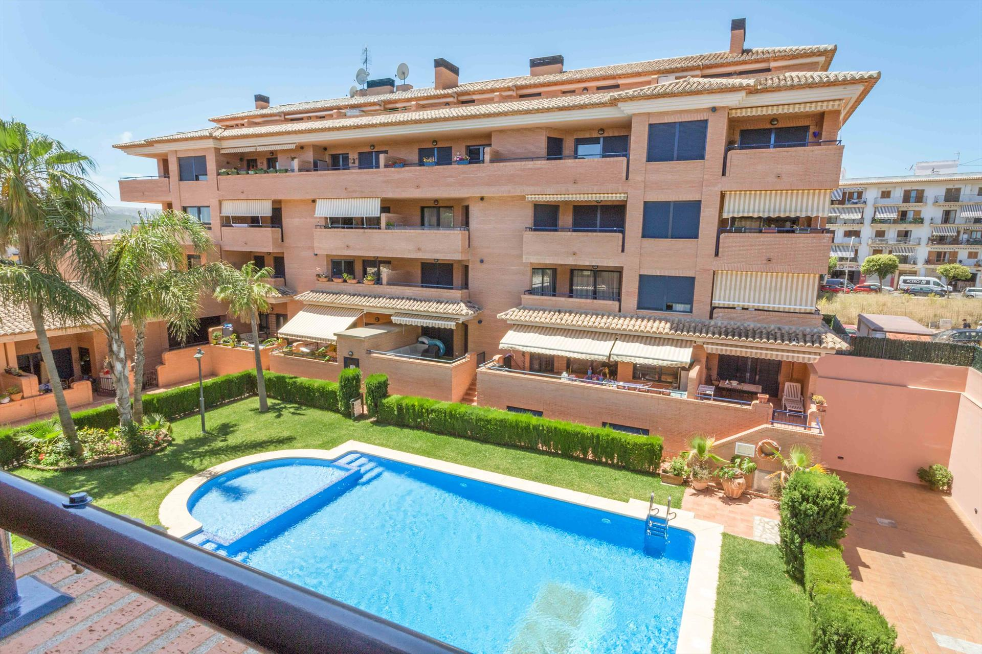 Apartamento Los Molinos, Beautiful and comfortable apartment  with communal pool in Javea, on the Costa Blanca, Spain for 6 persons.....