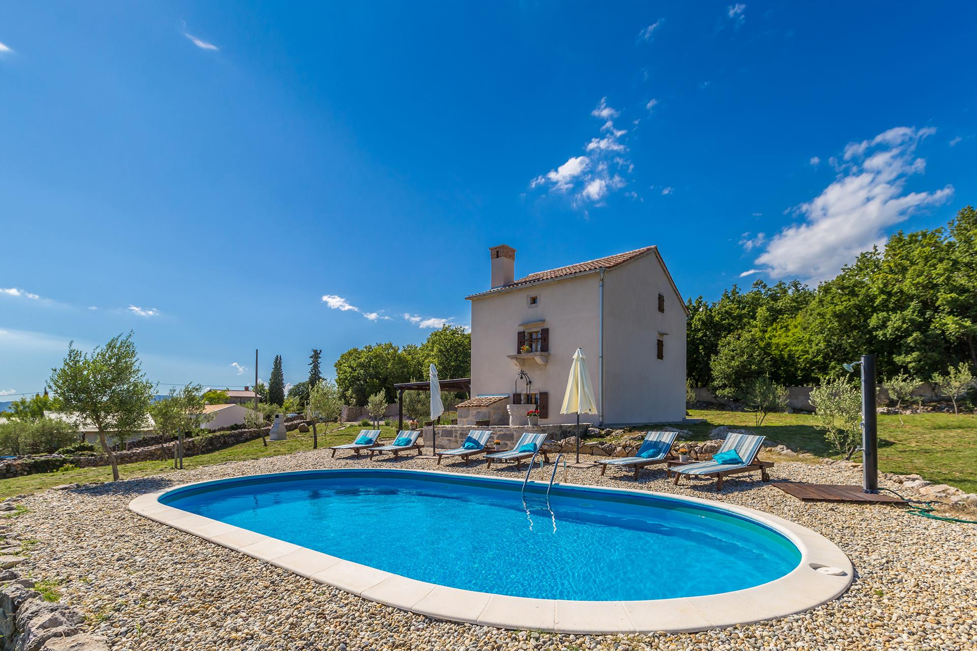 15301 Wunderschöne rustikales Ferienhaus mit privat Pool, Beautiful and comfortable holiday home in Bajcici, Island Krk, Croatia  with private pool for 8 persons...