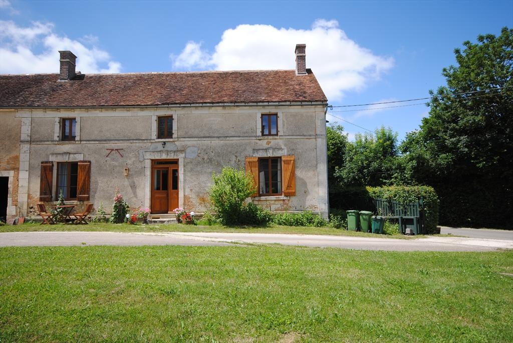 Les Gilets, Beautiful and comfortable holiday home in Saint Colombe sur Loing, Burgundy, France for 2 persons.....