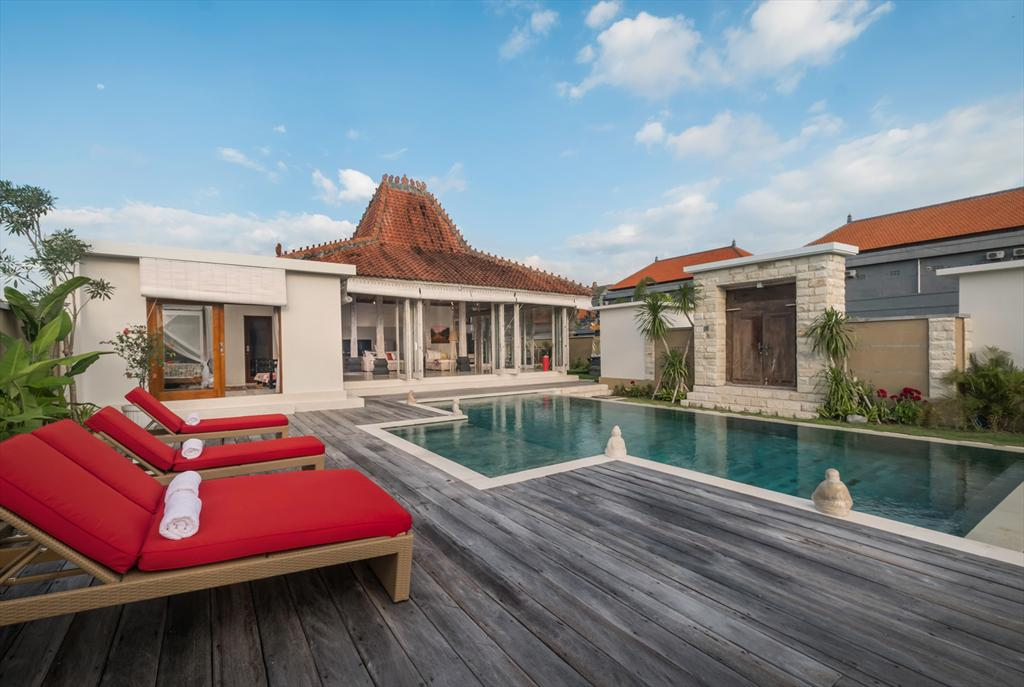 Manggala 3 Bedroom, Villa in Canggu, Bali, Indonesia with private pool for 6 persons. The villa is situated in a rural beach area, close.....