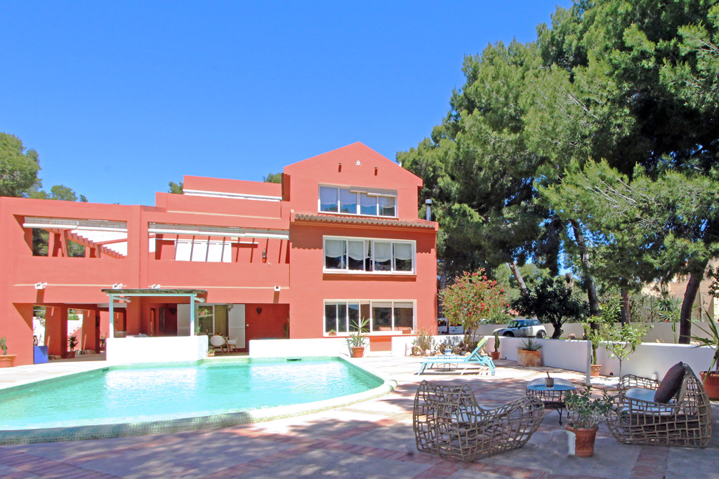 Cometa LT, Large and cheerful villa  with private pool in Moraira, on the Costa Blanca, Spain for 8 persons.....