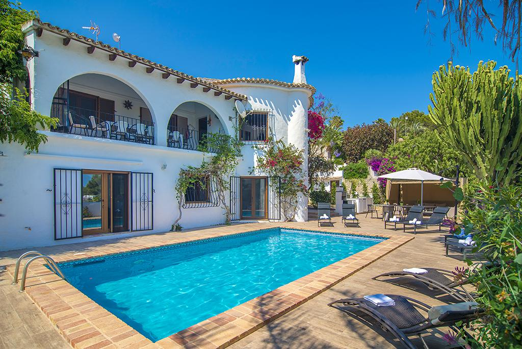 Amandiere 12, Beautiful and comfortable villa  with private pool in Benissa, on the Costa Blanca, Spain for 12 persons...