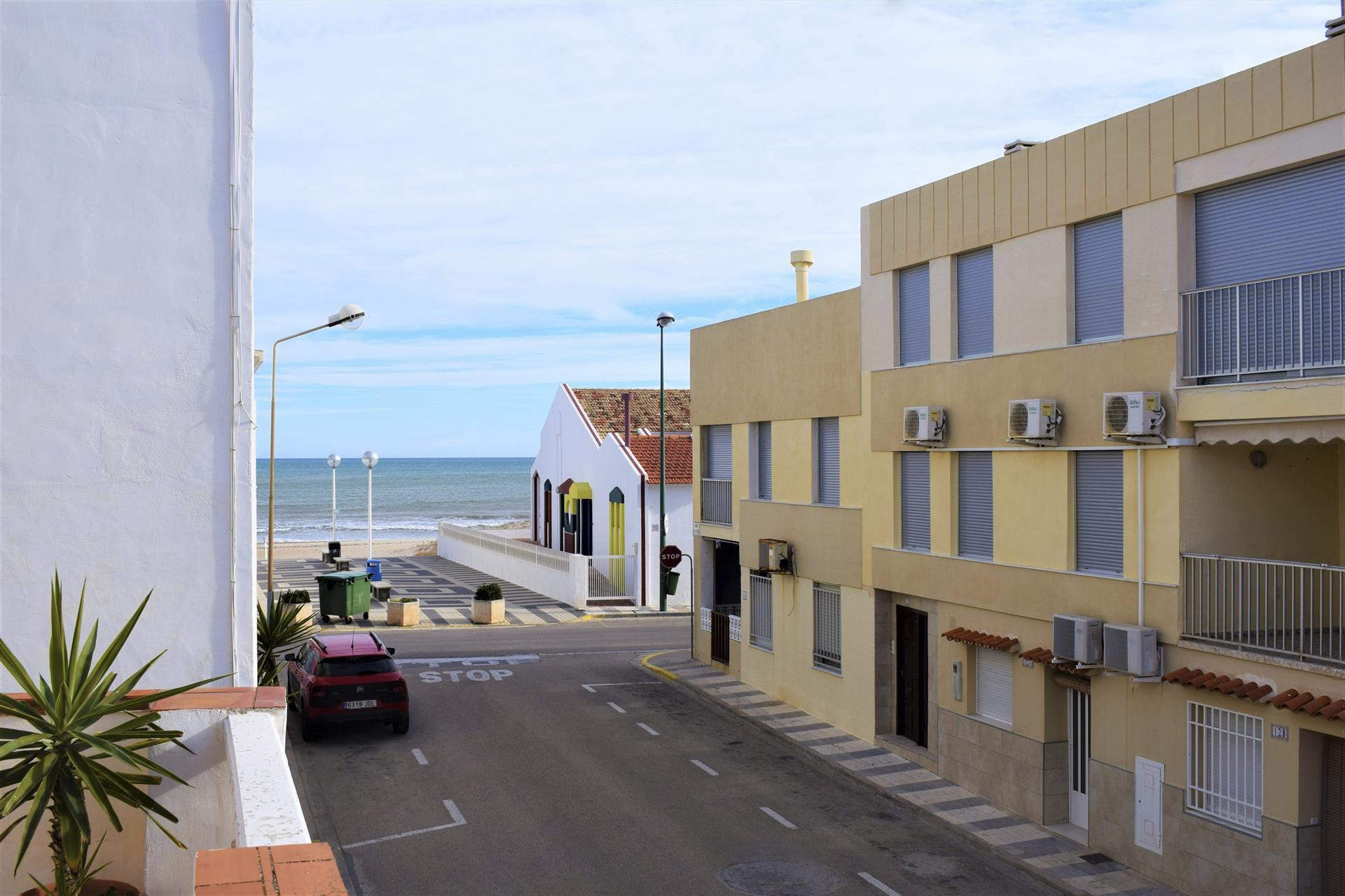 AP945 Playa Pau Pi, Beautiful and romantic apartment in Oliva, on the Costa Blanca, Spain for 2 persons.....