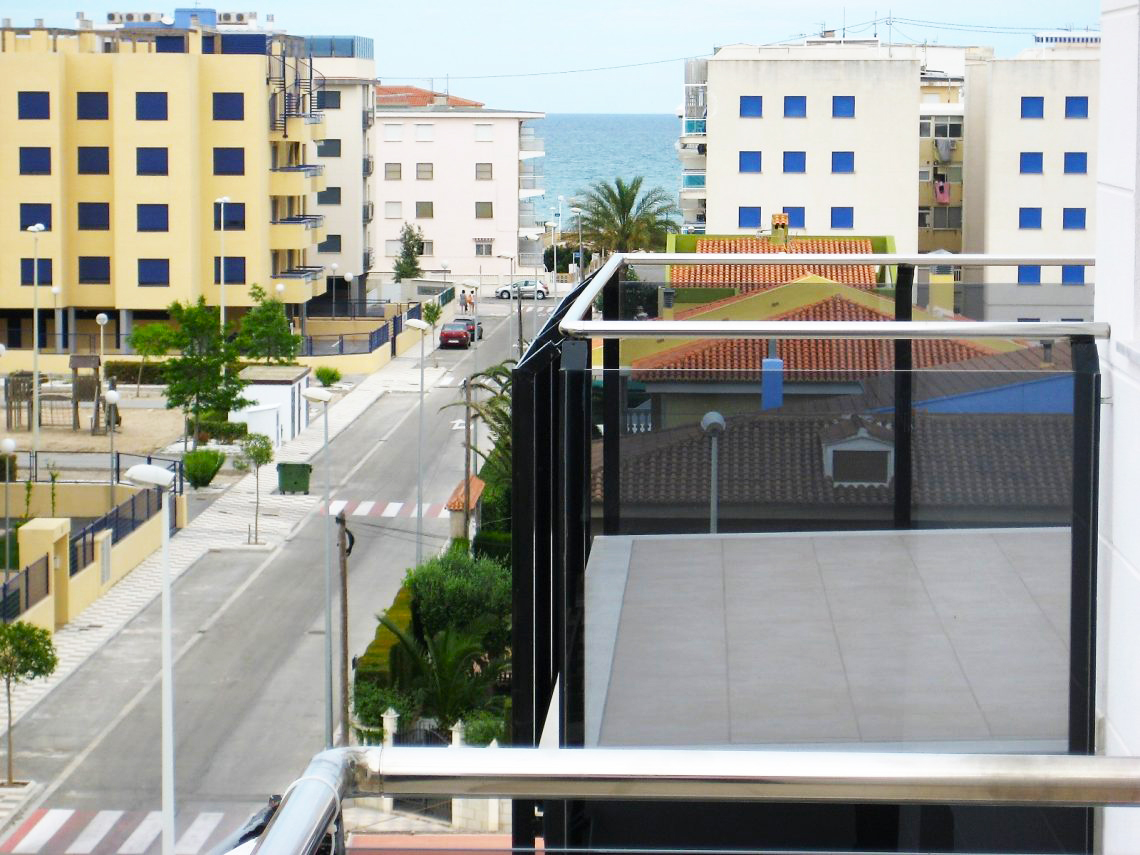 AP11 Migjorn Playa Bellreguard, Beautiful and comfortable apartment  with communal pool in Bellreguard, on the Costa Blanca, Spain for 6 persons.....
