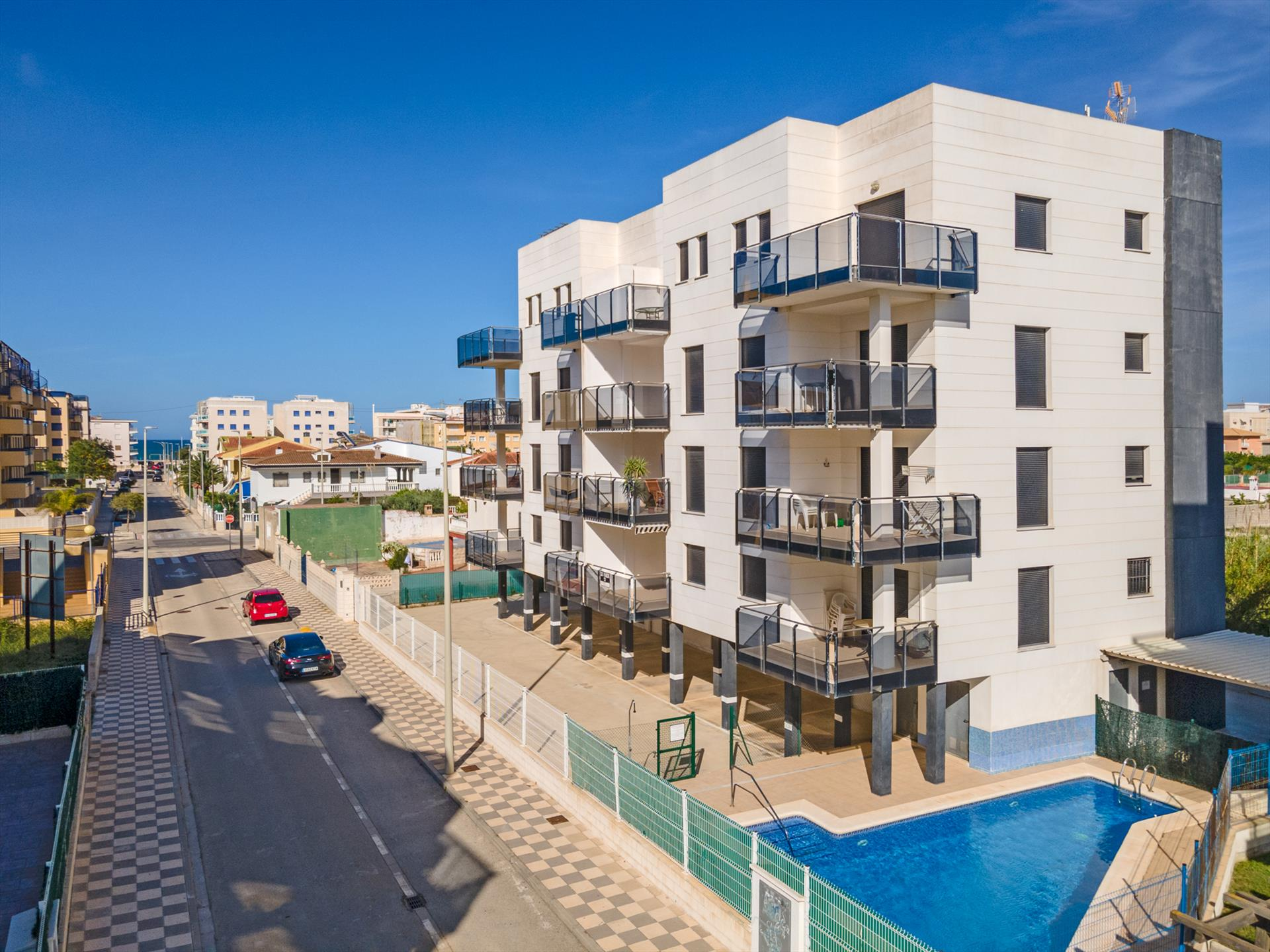 AP9 Migjorn Playa Bellreguard, Beautiful and cheerful apartment  with communal pool in Bellreguard, on the Costa Blanca, Spain for 6 persons.....