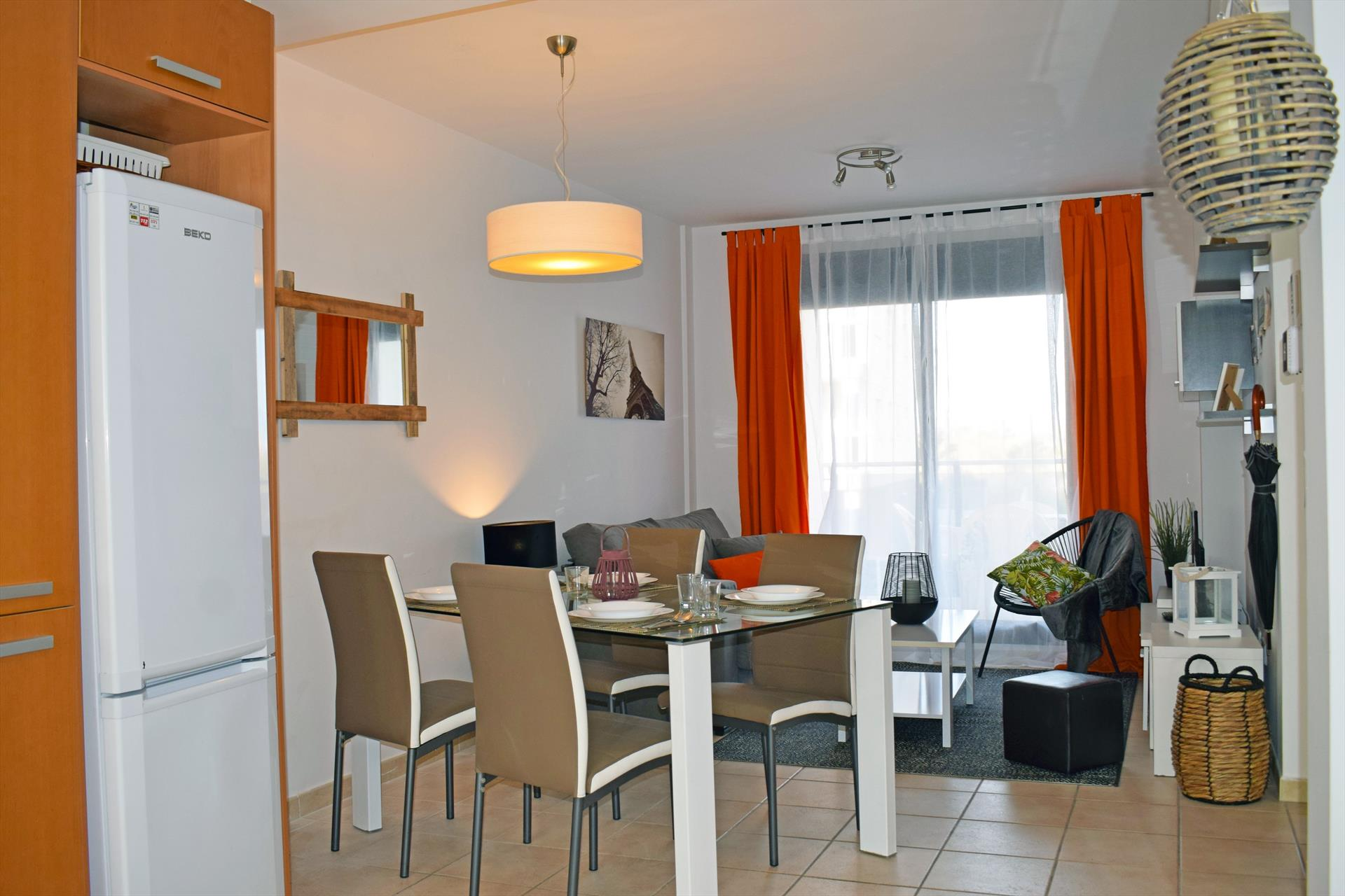 Mar de Bellreguard Migjorn AP3, Beautiful and cheerful apartment  with communal pool in Bellreguard, on the Costa Blanca, Spain for 6 persons.....