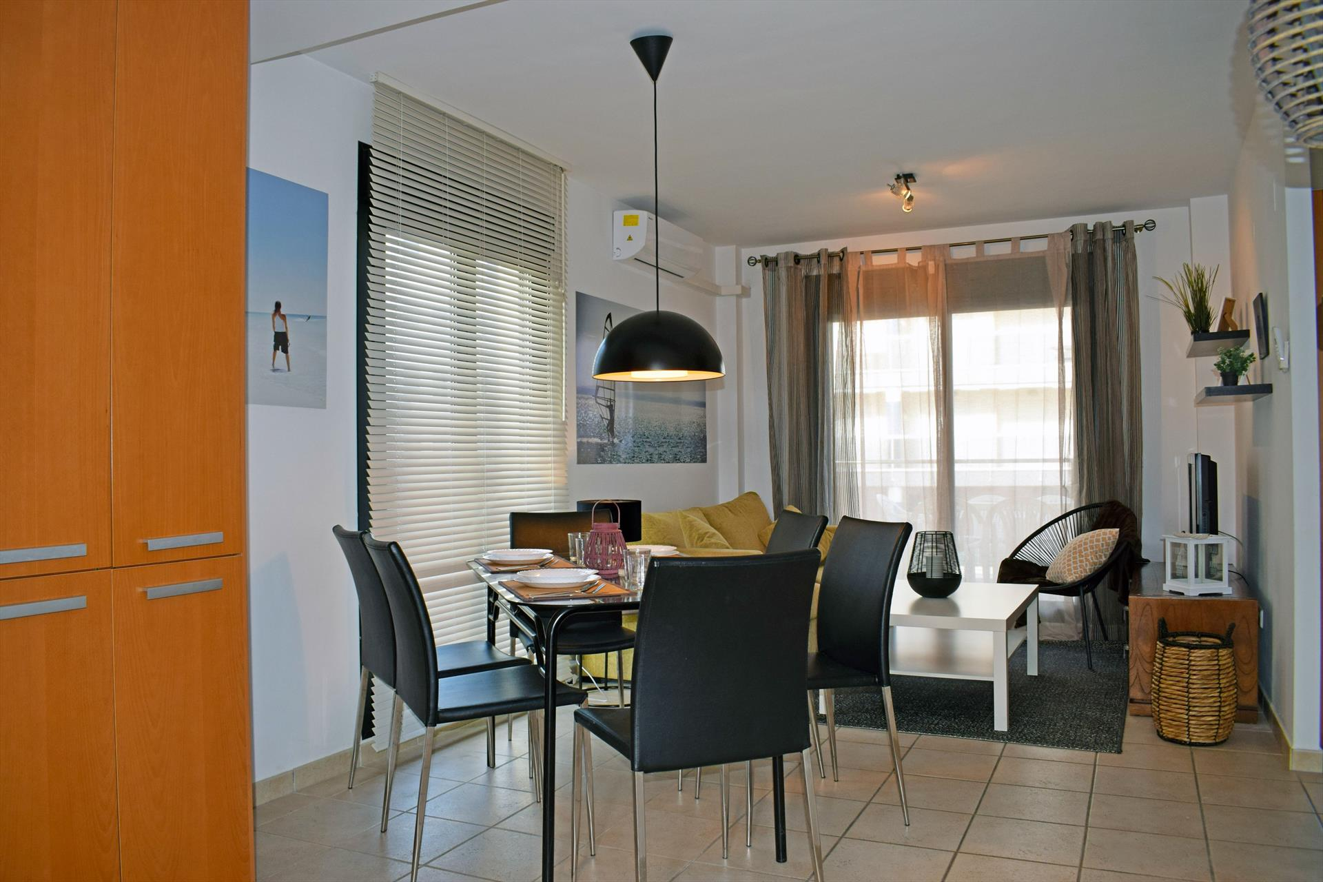 AP1 Migjorn Playa Bellreguard, Beautiful and cheerful apartment in Bellreguard, on the Costa Blanca, Spain  with communal pool for 6 persons.....
