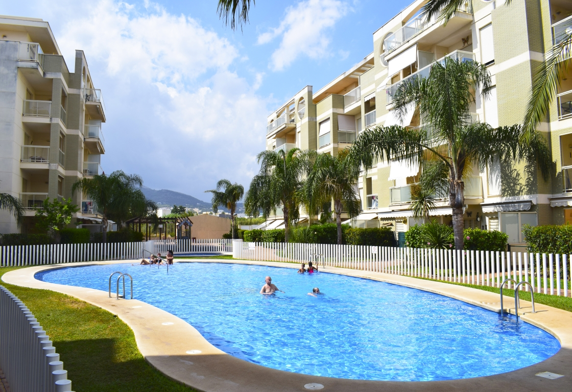 AP2109 Apartamento Urbanizacion el Manatial, Modern and cheerful holiday house in Denia, on the Costa Blanca, Spain  with communal pool for 5 persons.....