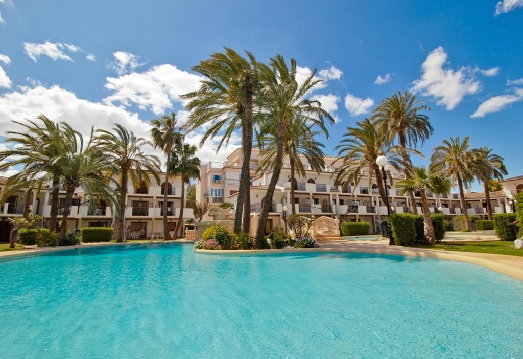AP2204  Apartamento Urbanización Bahia  azul, Lovely and comfortable apartment in Denia, on the Costa Blanca, Spain  with communal pool for 6 persons.....