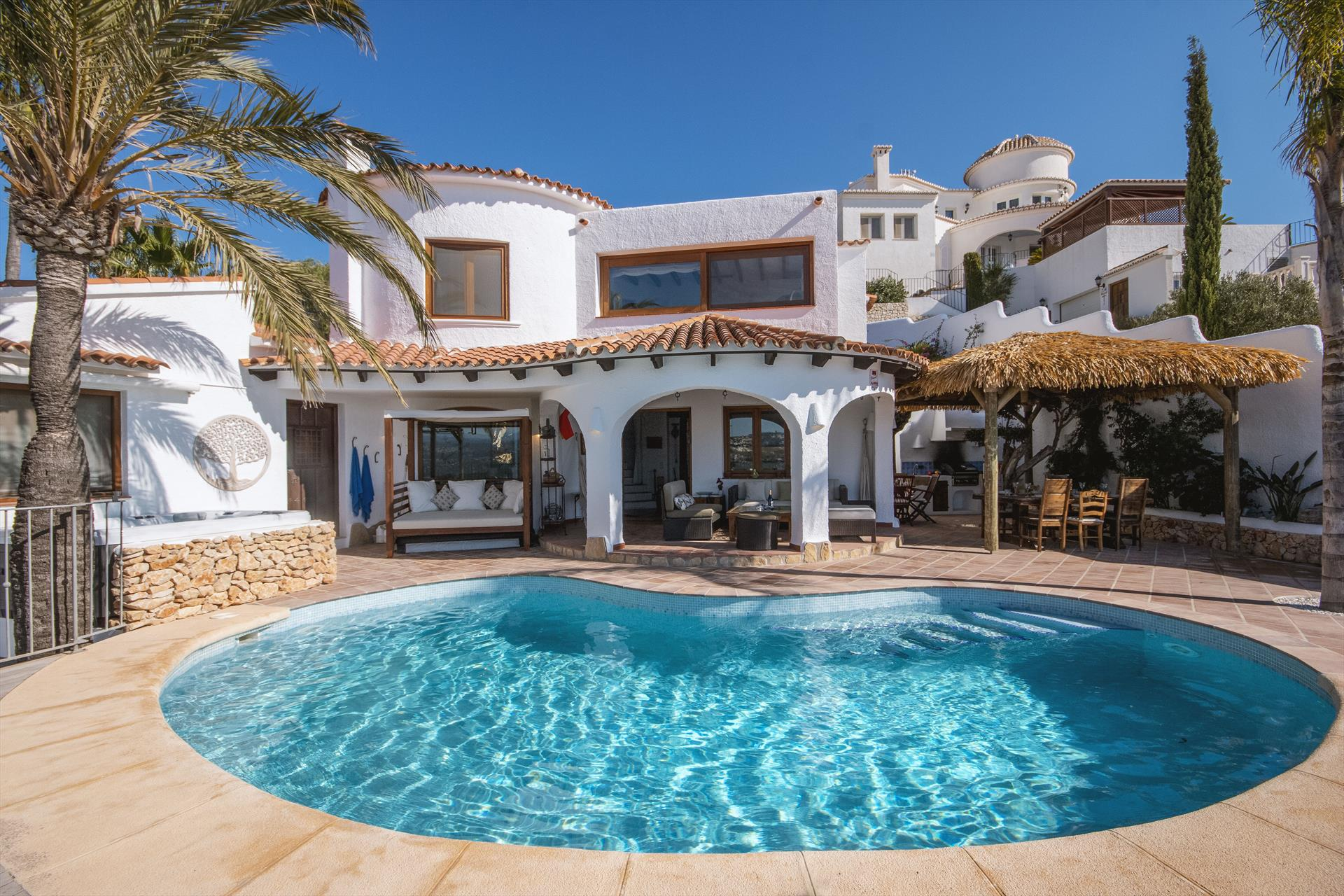 Mira al Mar 8 pax, Rustic and cheerful villa in Moraira, on the Costa Blanca, Spain  with private pool for 8 persons.....