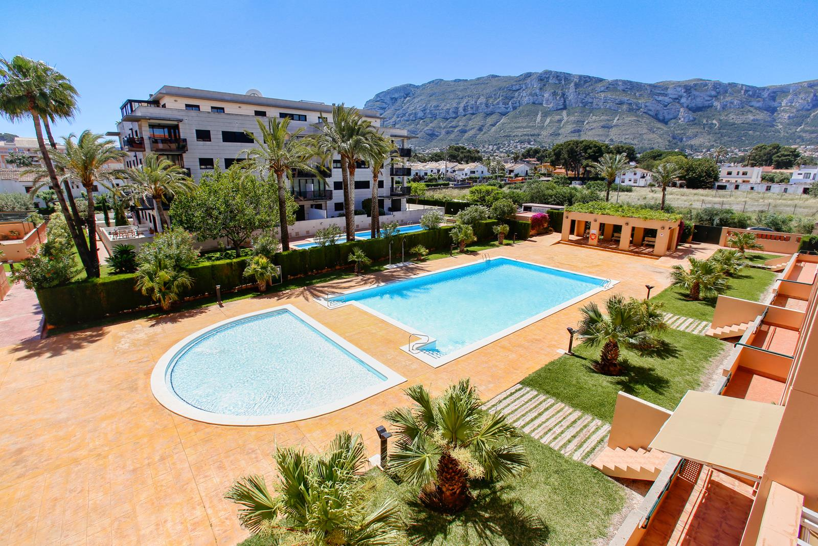La Dársena, Wonderful and comfortable apartment  with communal pool in Denia, on the Costa Blanca, Spain for 4 persons.....