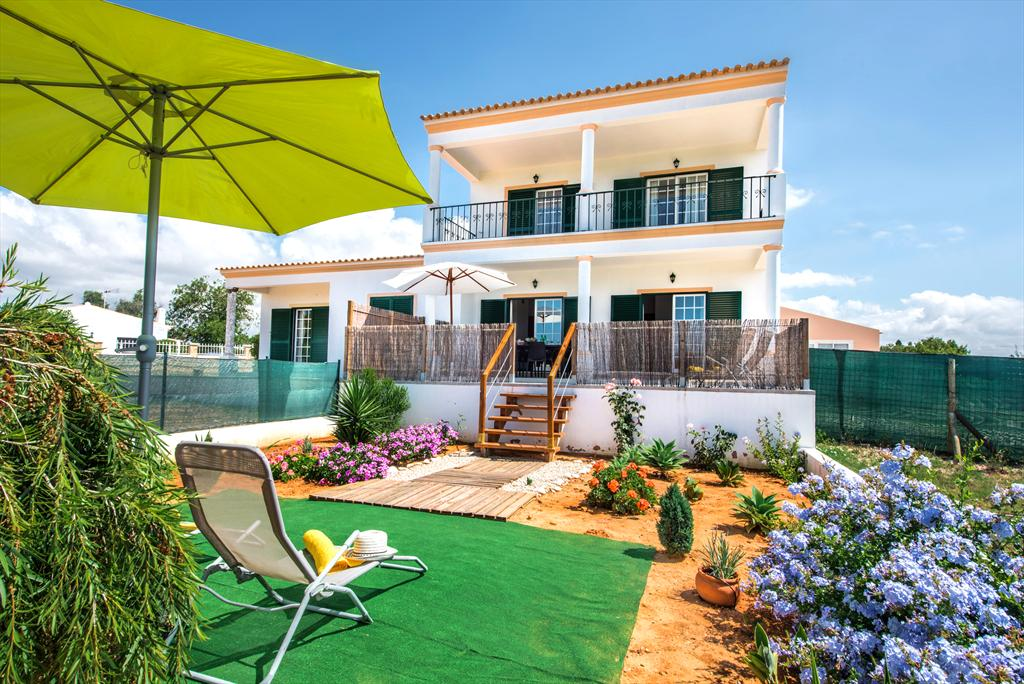 Casa paula albufeira, Lovely holiday home in Albufeira, on the Algarve, Portugal for 4 persons...