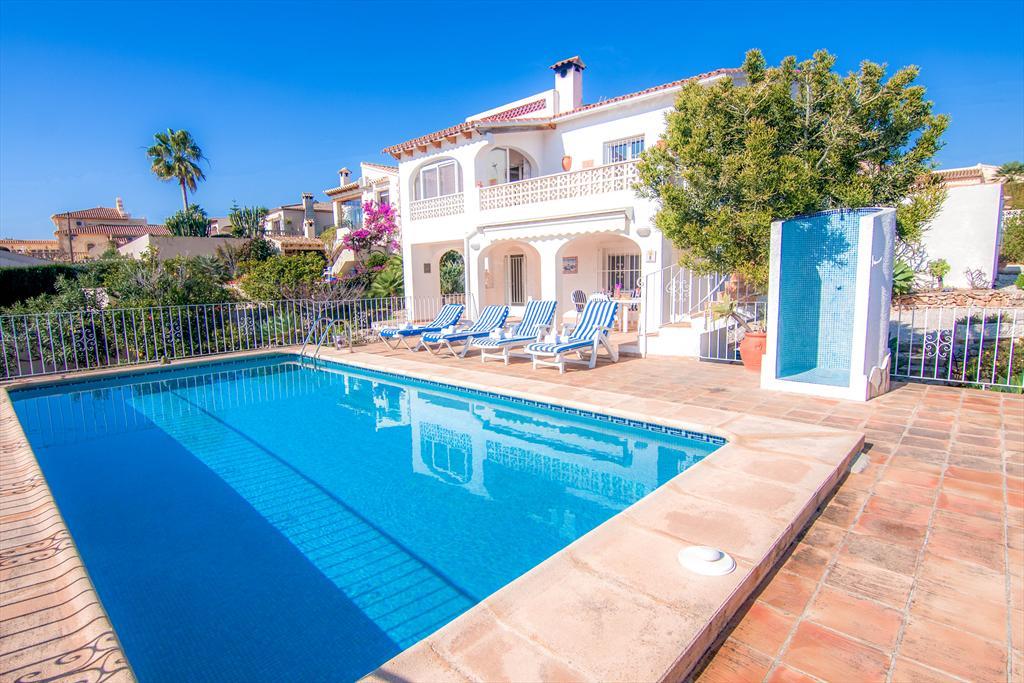 Thomas 6,Villa en Benissa, en la Costa Blanca, España  con piscina privada para 6 personas...