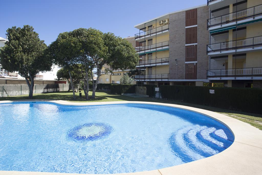 El Arenal 4 pax Javea, Beautiful and comfortable apartment in Javea, on the Costa Blanca, Spain  with communal pool for 4 persons.....