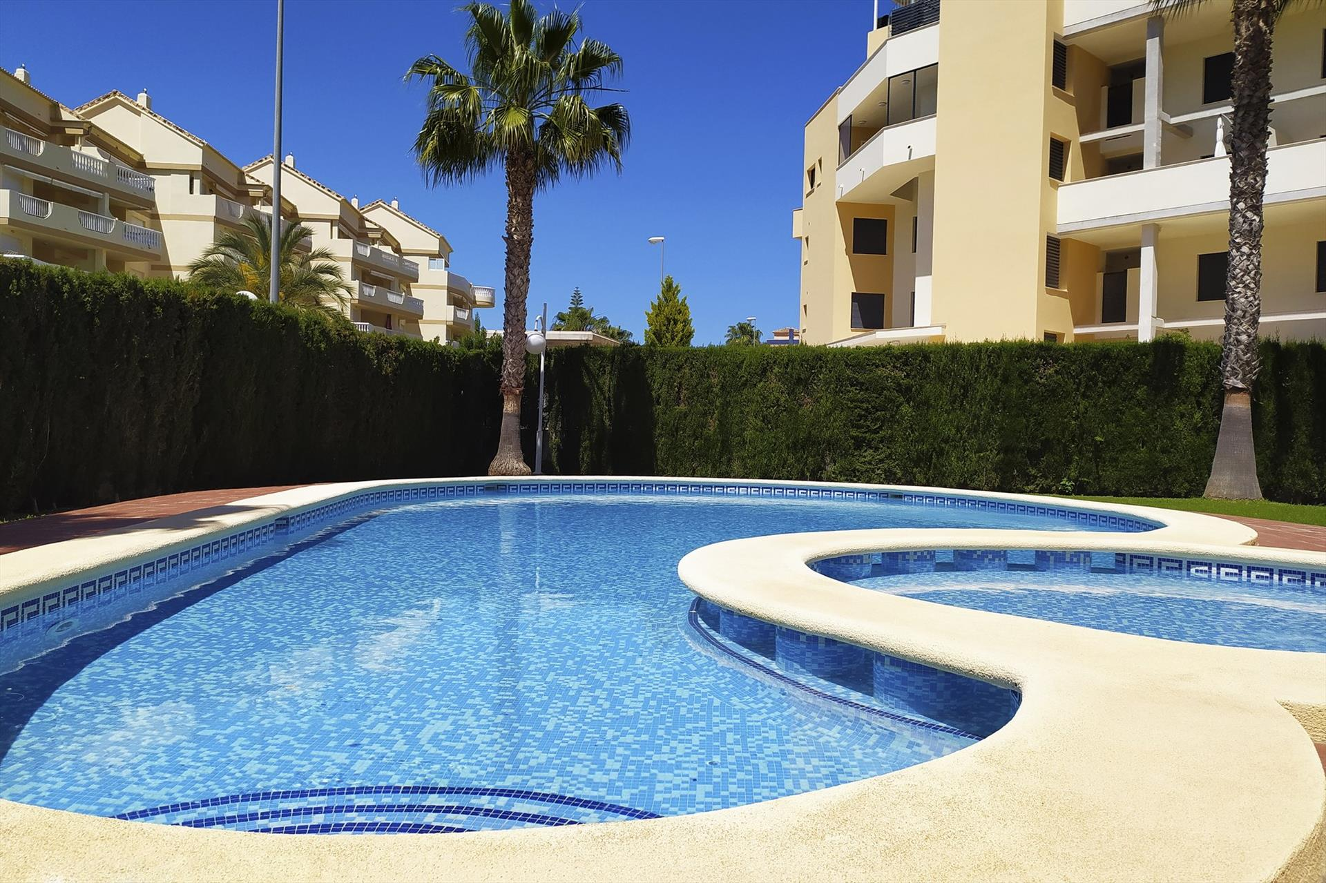 AP1104  Apartamento Urbanizacion Daly, Classic and comfortable apartment  with communal pool in Denia, on the Costa Blanca, Spain for 3 persons.....