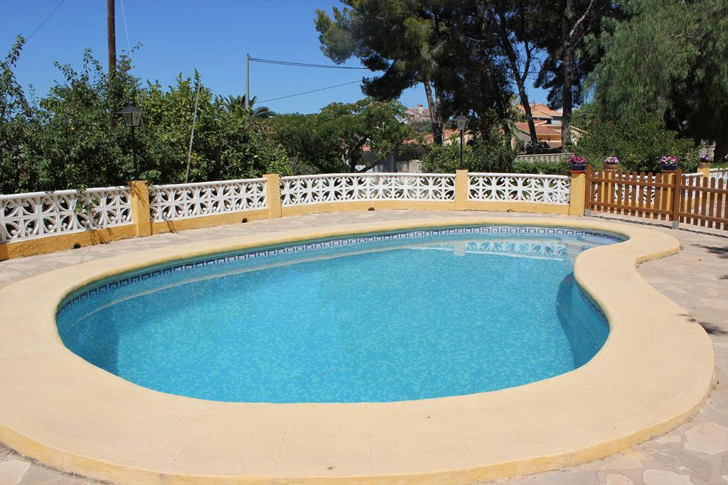 Villa Dacsa, Large and classic villa in Denia, on the Costa Blanca, Spain  with private pool for 8 persons.....