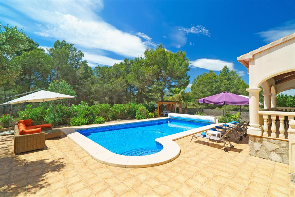 De Las Adelfas, Beautiful and comfortable villa in Javea, on the Costa Blanca, Spain  with private pool for 8 persons...