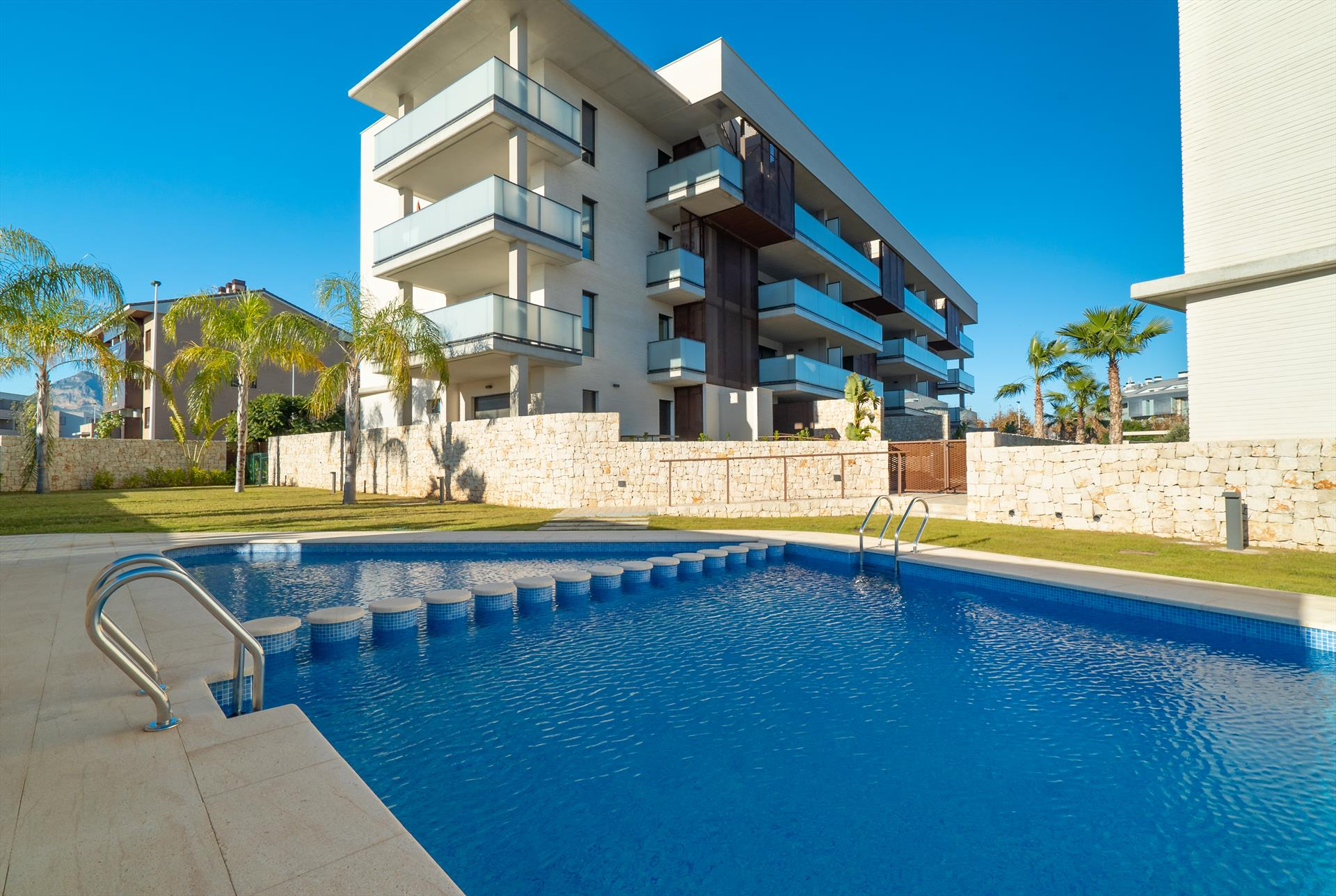 Arenal Dream I, Modern and comfortable apartment in Javea, on the Costa Blanca, Spain  with communal pool for 4 persons...
