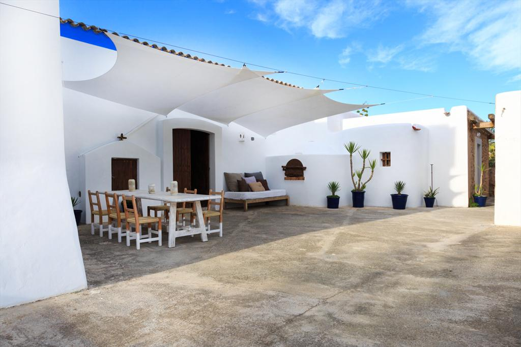 Indi,Rustikales und schönes Landhaus in Jesus, auf Ibiza, Spanien für 10 Personen...