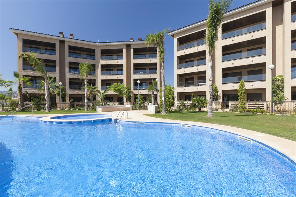 Brisas del Arenal, Modern and luxury apartment  with communal pool in Javea, on the Costa Blanca, Spain for 4 persons...