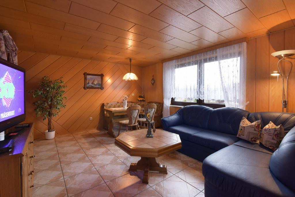 Fh richter - fewo linde, Large apartment in Drognitz, Ortsteil Lothra, Thüringer Wald, Schiefergebirge, Germany for 4 persons...