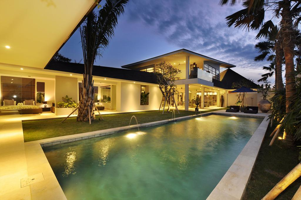 Ashley 5BR, Grosse und Luxus Villa  mit privatem Pool in Canggu, auf Bali, Indonesien für 10 Personen...