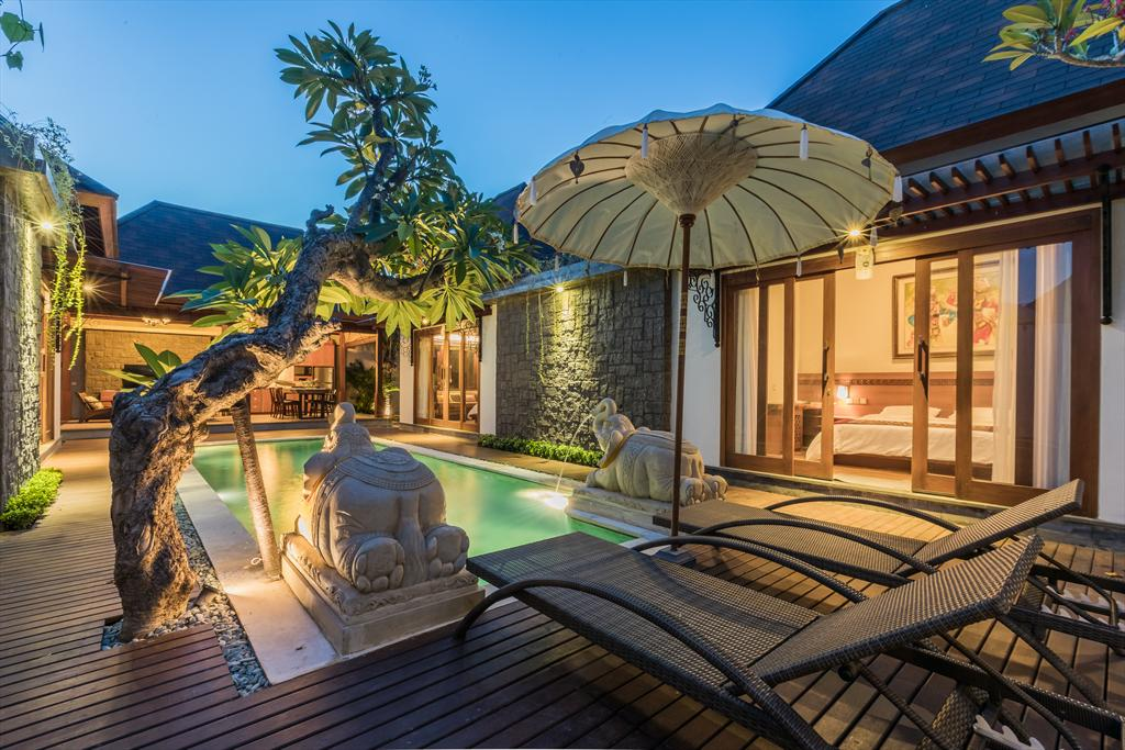Totem 3BR,Beautiful and cheerful villa in Sanur, Bali, Indonesia  with private pool for 6 persons...