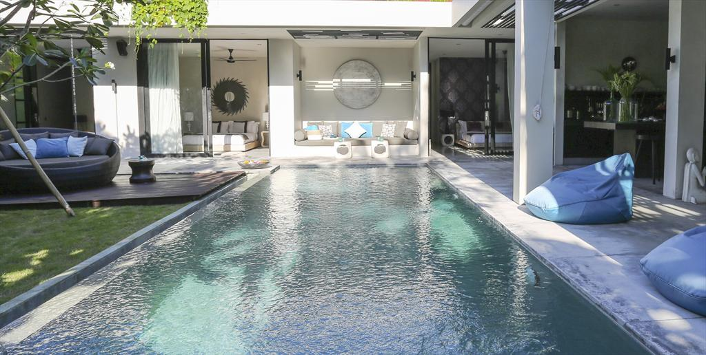 Prana 3BR,Large and cheerful villa  with private pool in Seminyak, Bali, Indonesia for 6 persons...