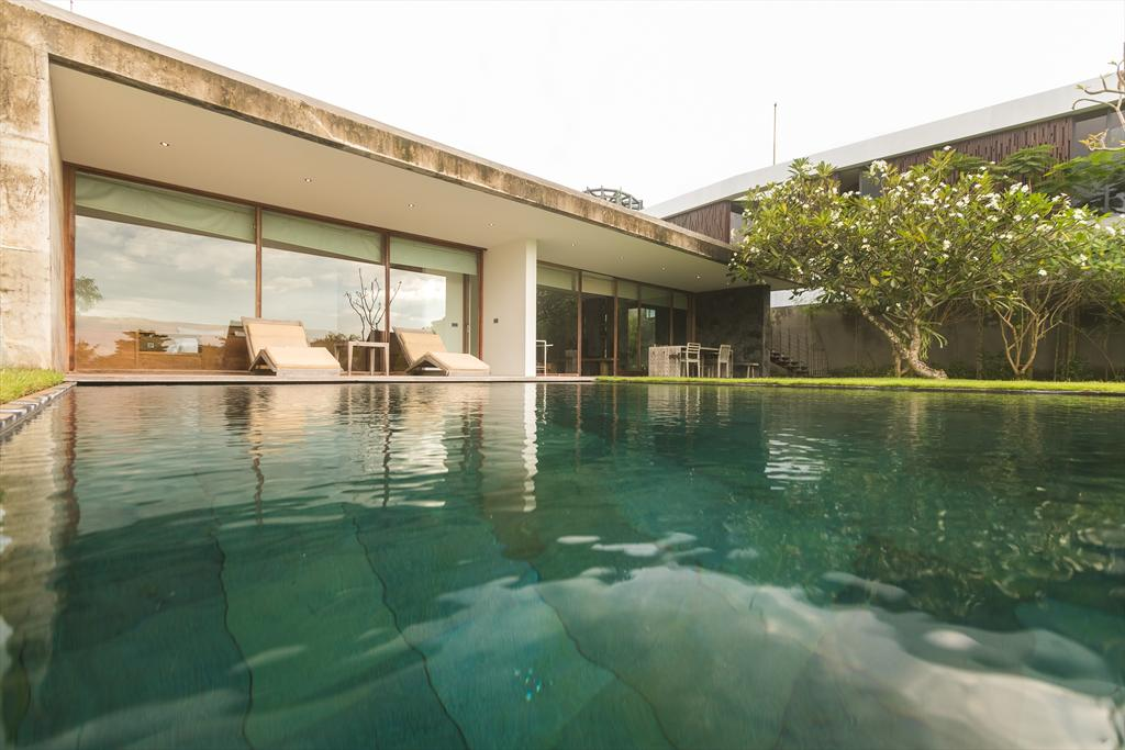 Nakar 2BR, Modern and cheerful villa in Jimbaran, Bali, Indonesia  with private pool for 4 persons...