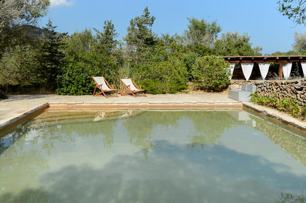 Groset, Rustic and cheerful villa in Ibiza, Ibiza, Spain  with private pool for 9 persons...