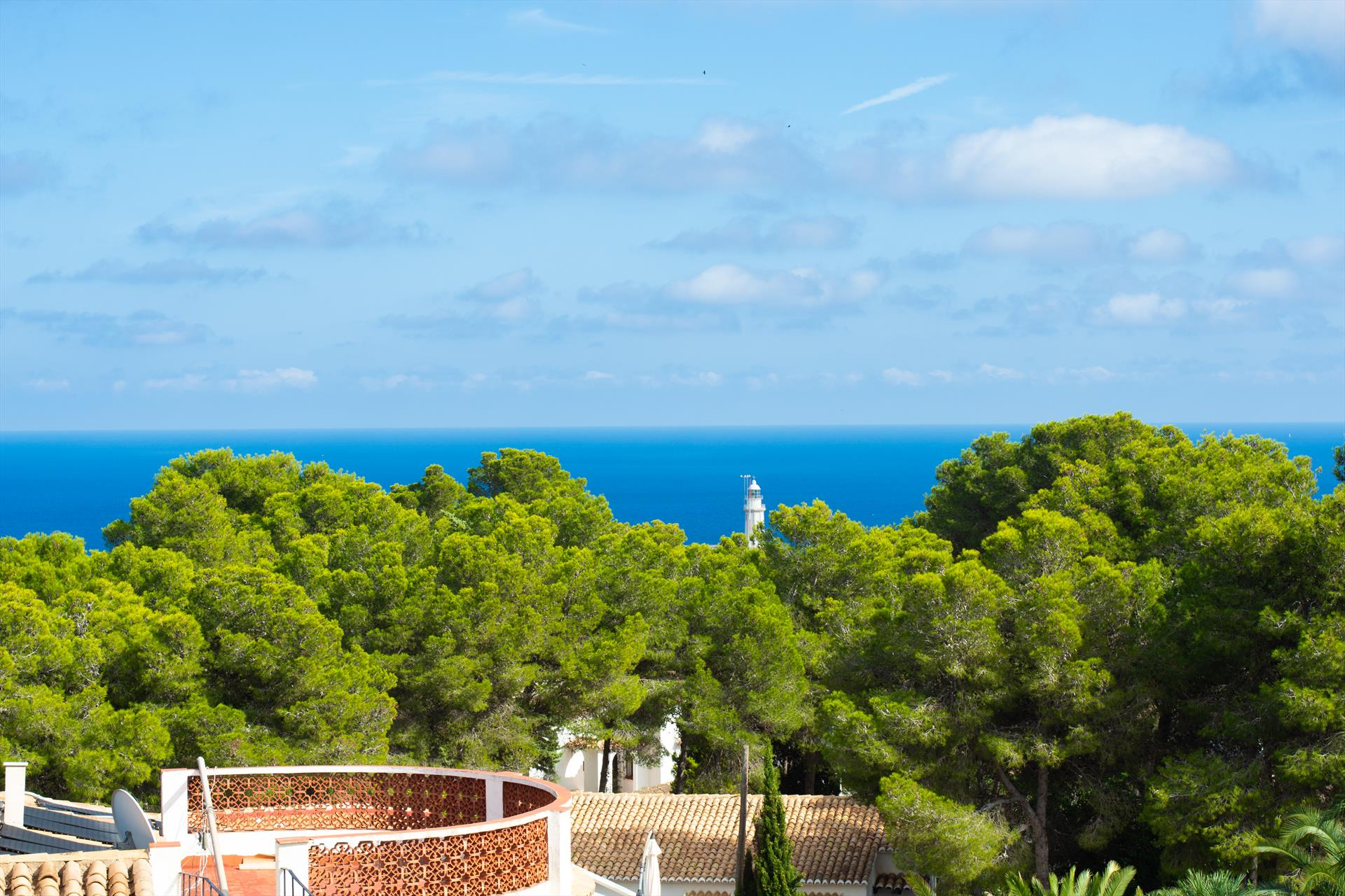 Livia 6 pax, Beautiful and comfortable villa in Javea, on the Costa Blanca, Spain  with private pool for 6 persons...