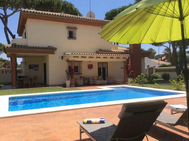 Pazote, Villa in Chiclana de la Frontera, Andalusia, Spain  with private pool for 10 persons.....