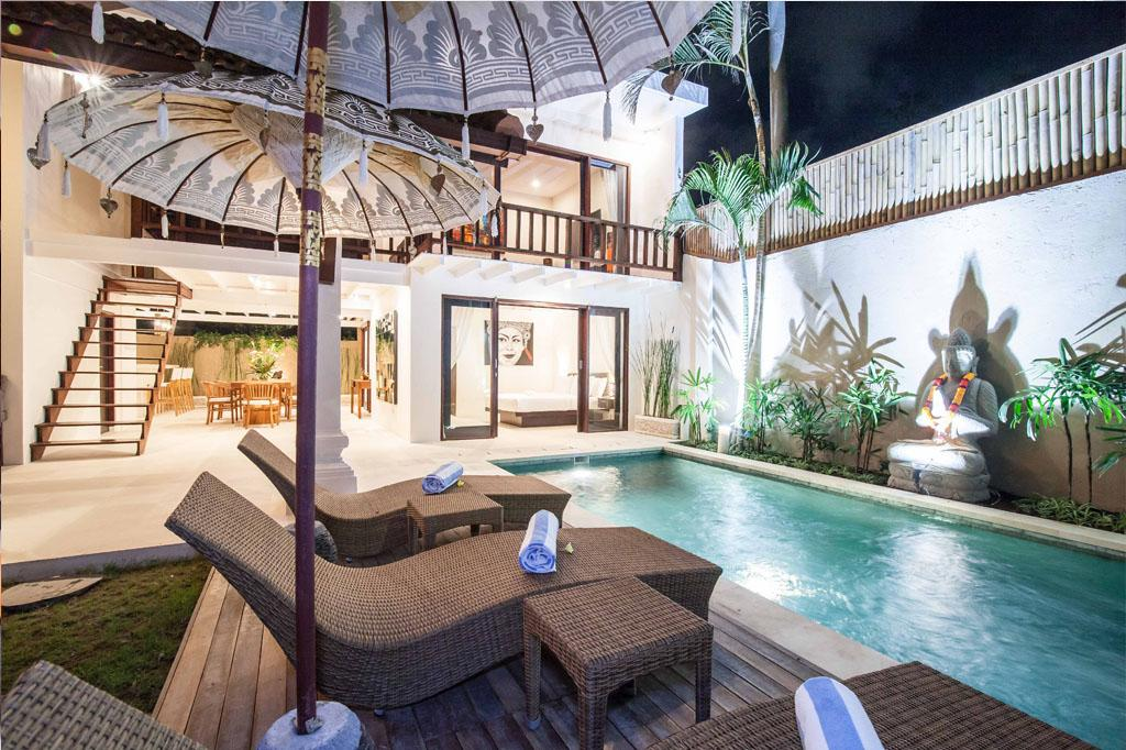 Dayah, Beautiful and cheerful villa in Seminyak, Bali, Indonesia  with private pool for 6 persons...
