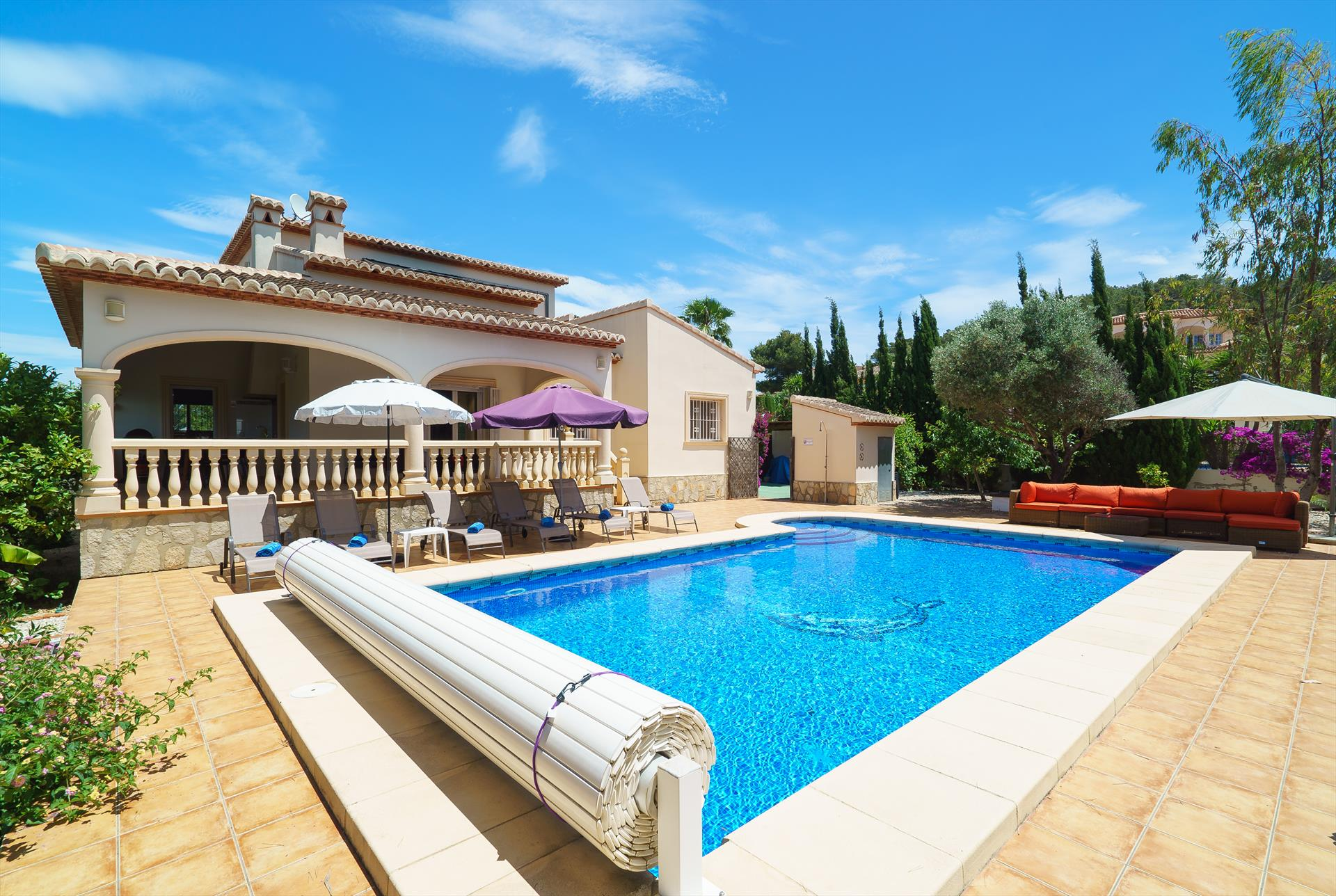 De las Adelfas 6 pax, Beautiful and comfortable villa  with private pool in Javea, on the Costa Blanca, Spain for 6 persons...