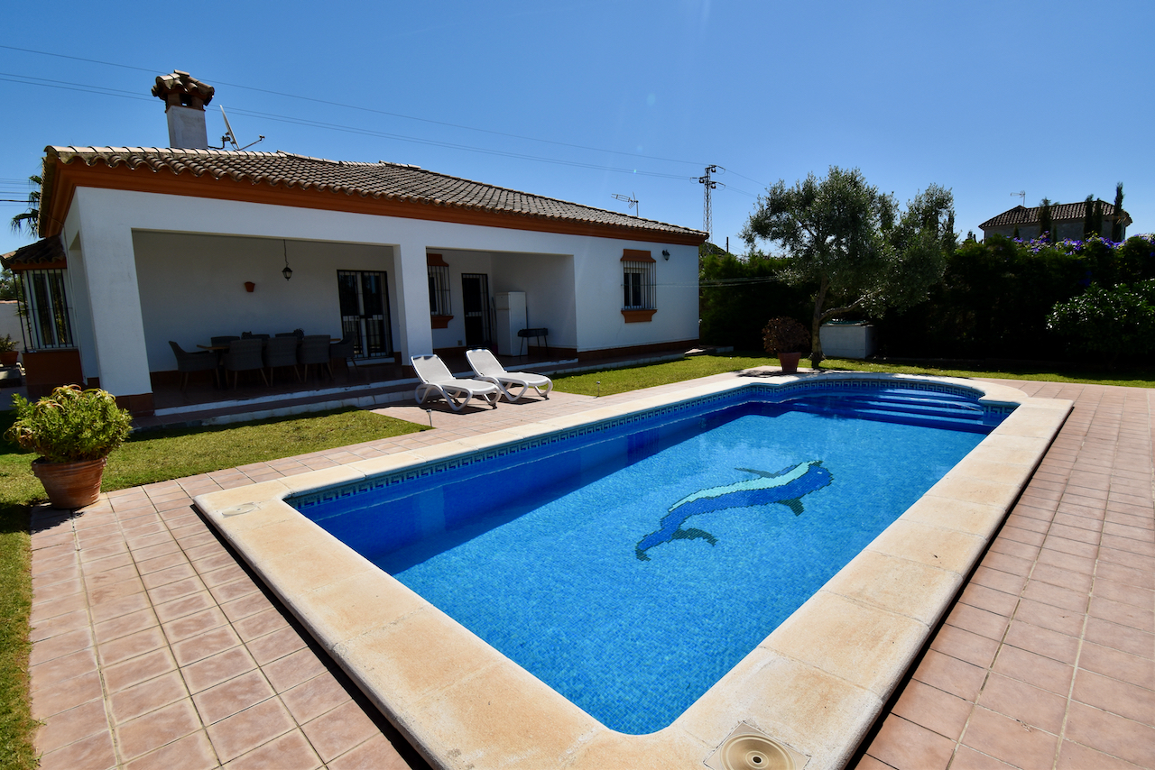 Celia, Villa in Chiclana de la Frontera, Andalusia, Spain  with private pool for 8 persons.....