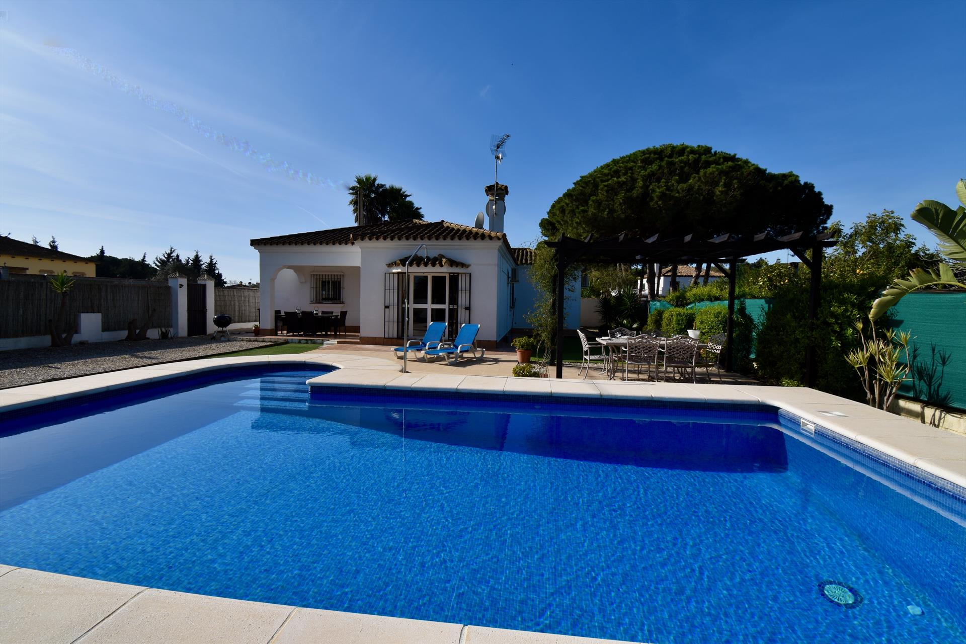 Talia, Villa  with private pool in Chiclana de la Frontera, Andalusia, Spain for 8 persons.....
