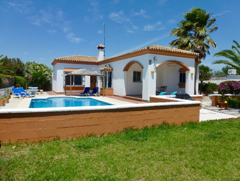 Ronda, Villa in Chiclana de la Frontera, Andalusia, Spain  with private pool for 6 persons.....