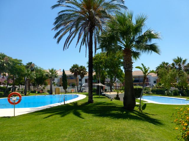 Aldea del Coto, House  with communal pool in Chiclana de la Frontera, Andalusia, Spain for 5 persons.....