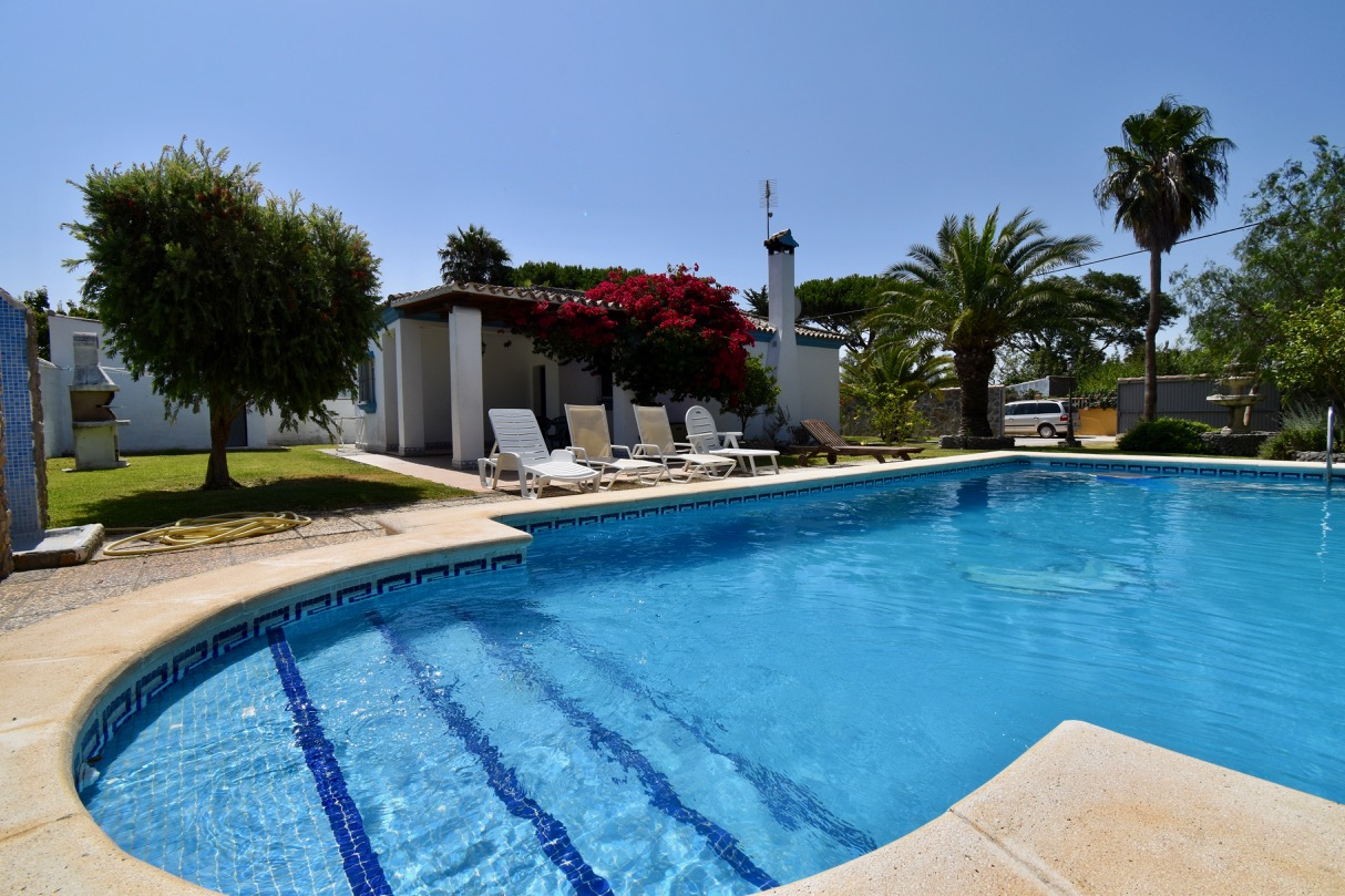 Barbaro, Villa in Chiclana de la Frontera, Andalusia, Spain  with private pool for 5 persons.....
