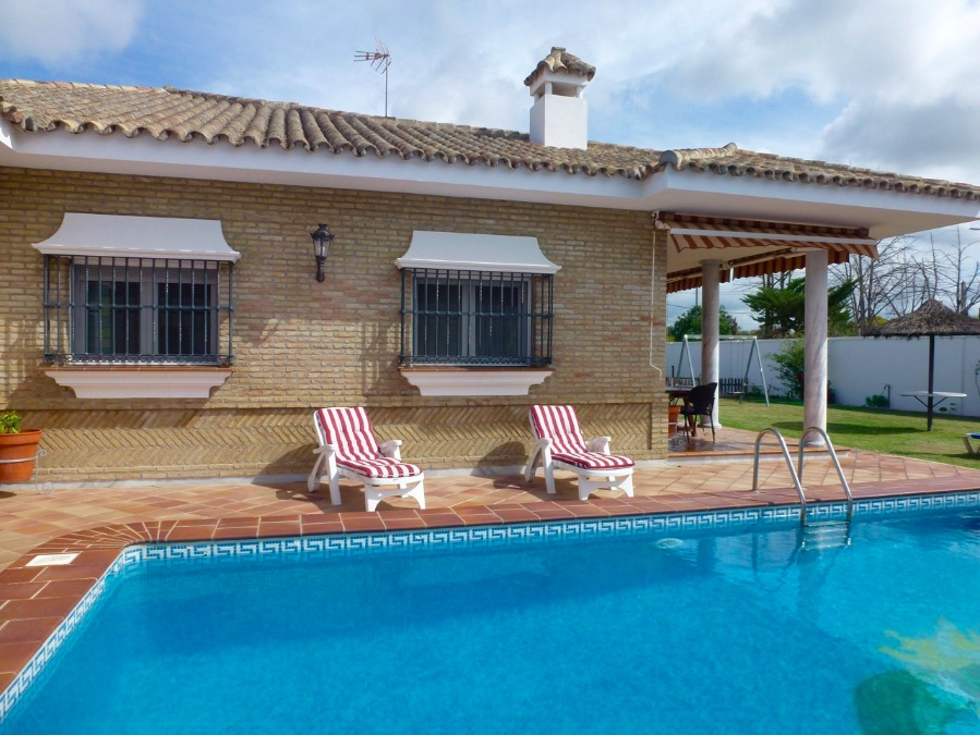Valeta, Villa in Chiclana de la Frontera, Andalusia, Spain  with private pool for 10 persons.....