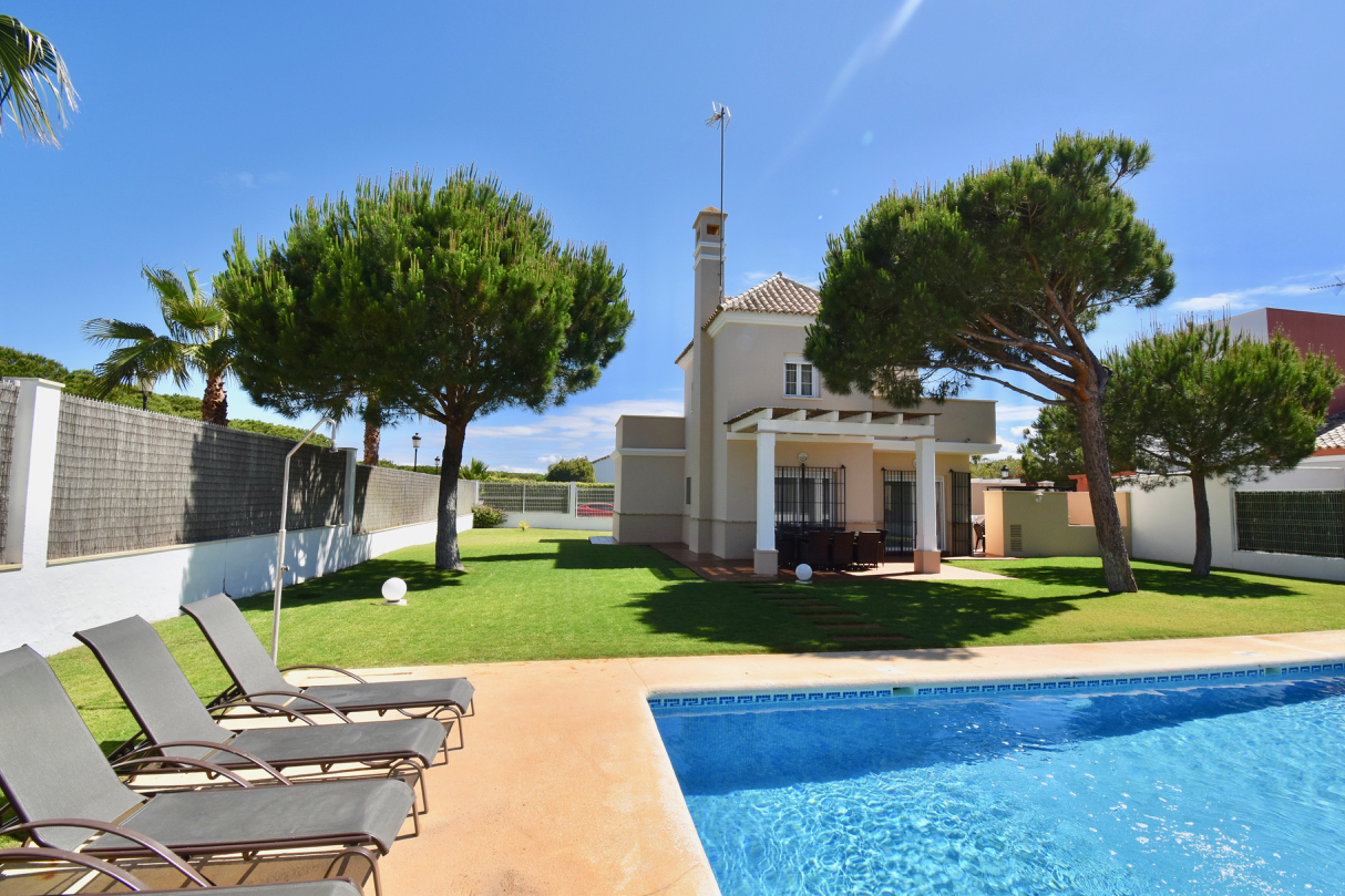 La Loma 112, Villa  with private pool in Chiclana de la Frontera, Andalusia, Spain for 6 persons.....