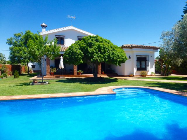 Monteblanco, Villa in Chiclana de la Frontera, Andalusia, Spain  with private pool for 10 persons.....