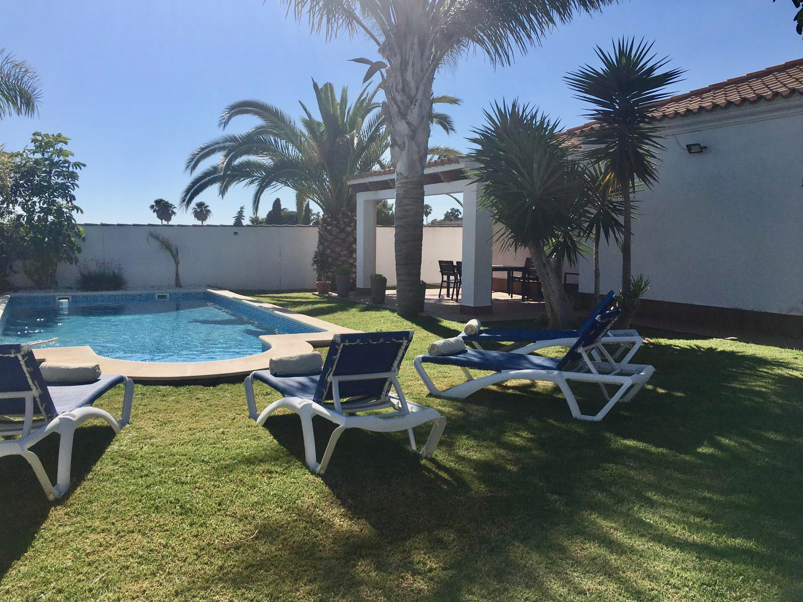 Grafito, House in Chiclana de la Frontera, Andalusia, Spain  with private pool for 6 persons.....