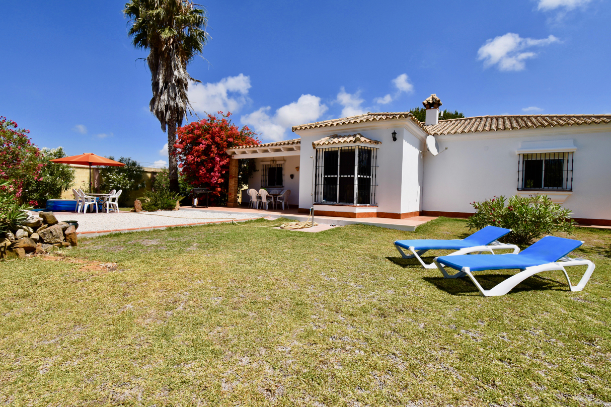 Colores, Villa in Chiclana de la Frontera, Andalusia, Spain for 6 persons.....